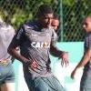 Emerson é convocado para a Seleção Sub-20 e pode desfalcar Atlético no clássico e na estreia da Libertadores