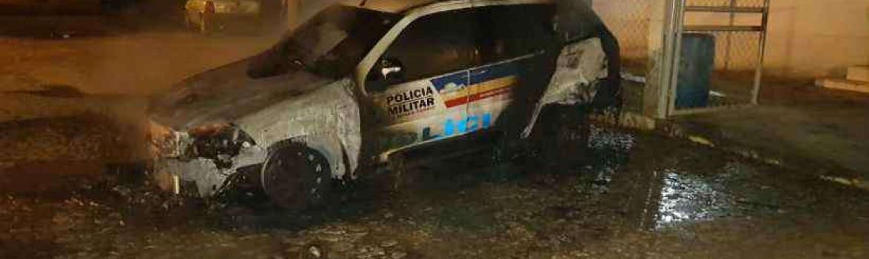 Polícia prende homem que incendiou viatura da PM em frente ao quartel de Carlos Chagas