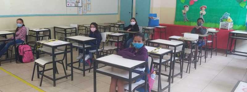 Alunos voltam às aulas presenciais em 85 escolas de Minas Gerais
